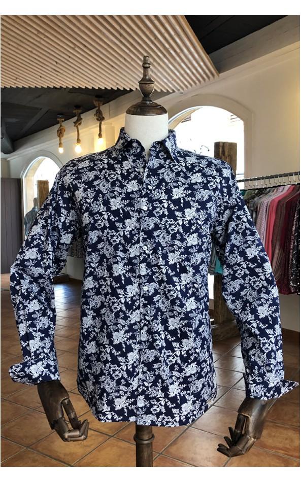 Chemise homme bleue marine imprimés fleur blanche | ABH Collection