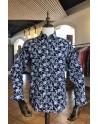 Camisa de hombre azul marino estampado flor blanca | ABH Collection JÁVEA