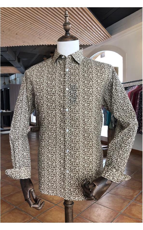 Camisa de hombre beige estampado flores pequeñas | ABH Collection JÁVEA